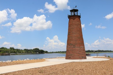 lighthouse-1510273_1920