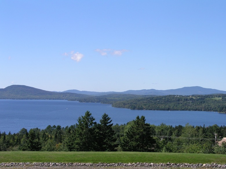 rangeley-lake-from-overlook-2534630_1920.jpg